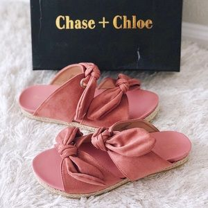 ✨ New CHASE + CHLOE Angelica Suede Slide Sandals